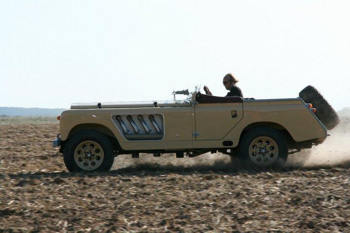 Land Rover Bell Aurens Longnose – der Wüsten-Rennboot-Off-Roadster