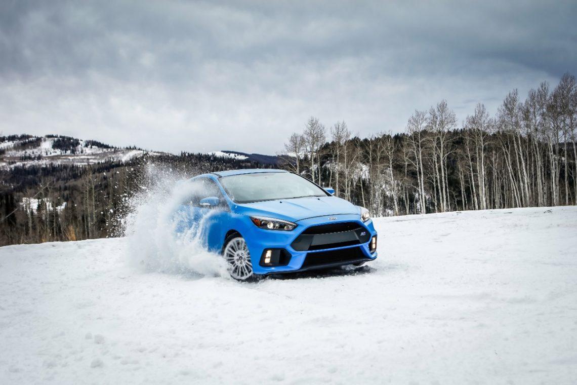 Ford Winterfahrtraining Gstaad: Driften wie Ken Block im Familien-Van