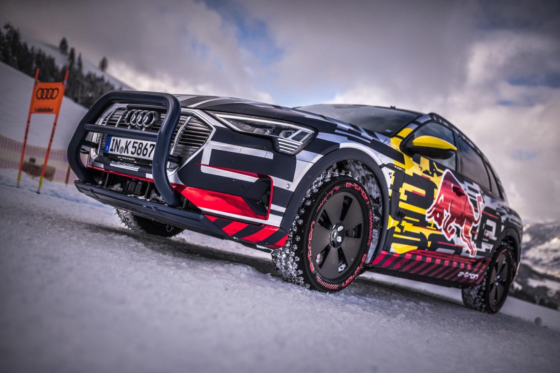 Audi e-tron extreme auf der legendären Streif