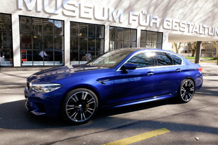 BMW M5 blau 2019