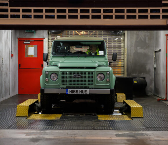 Land Rover Defender Heritage 2016 HUE166