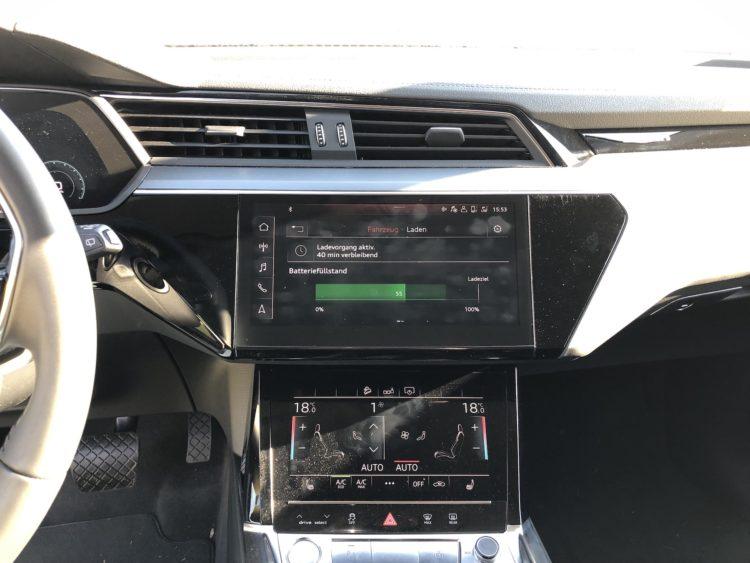 Audi e-tron Interior-Design, Touch-Displays