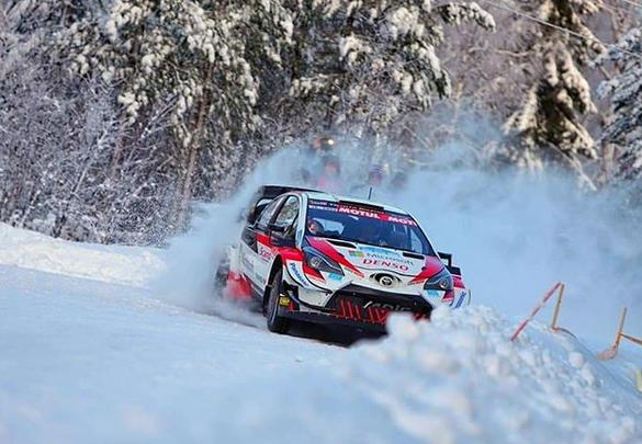 Kalle Rovanperä gewinnt WRC-Debüt auf Toyota