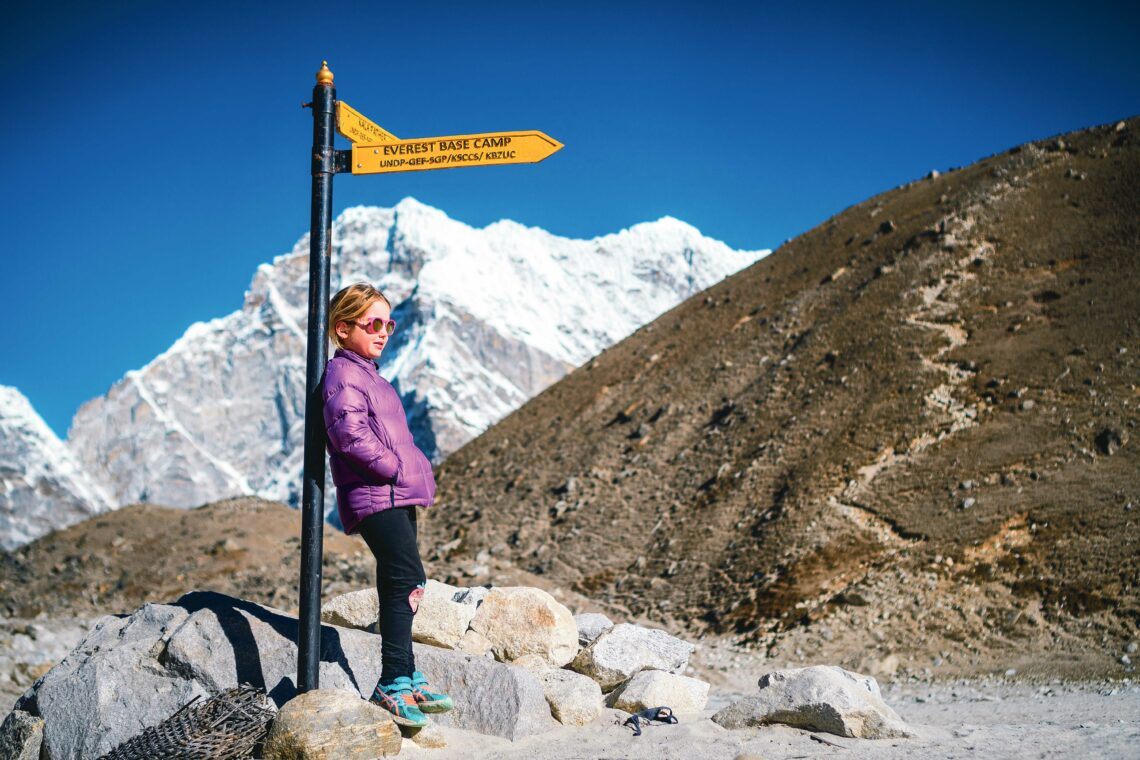 Eine Sechsjährige wandert zum Everest Base Camp