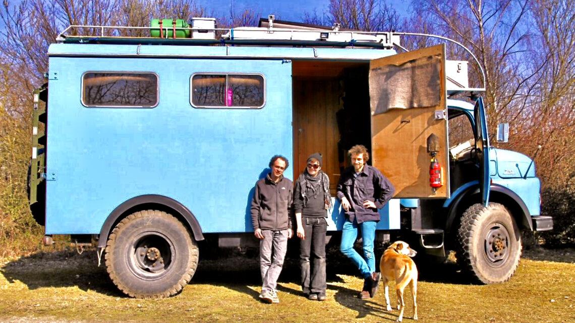 Von der Adria bis zum Altai. Roadtrip mit Frau Scherer, dem Mercedes-Rundhauber.